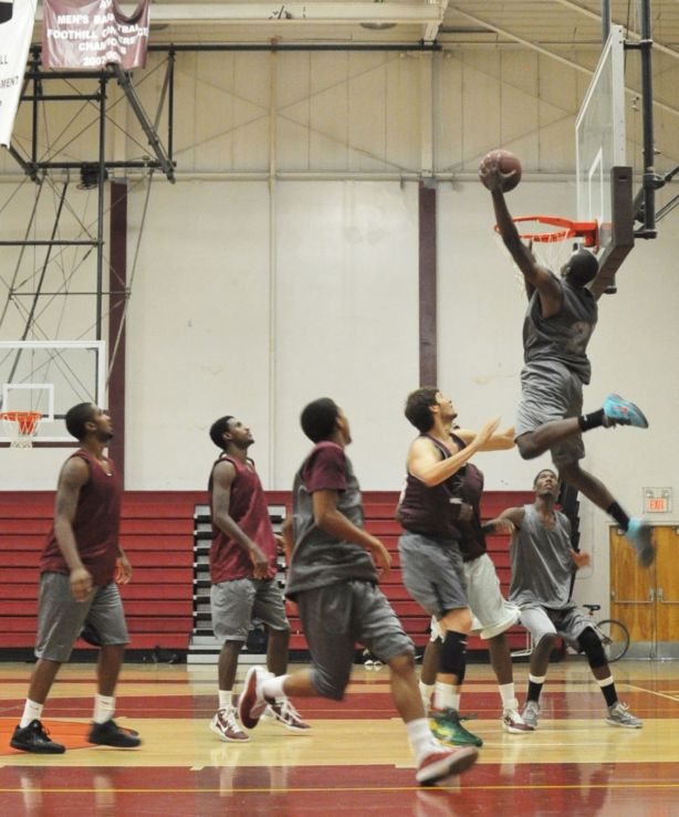 Marcus Ford Dunk